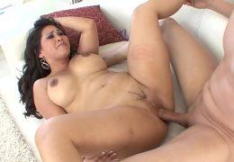 Jessica Bangkok Asian Pornstar fucks with xvideos Members